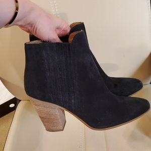 Kenneth Cole black leather boots, 10